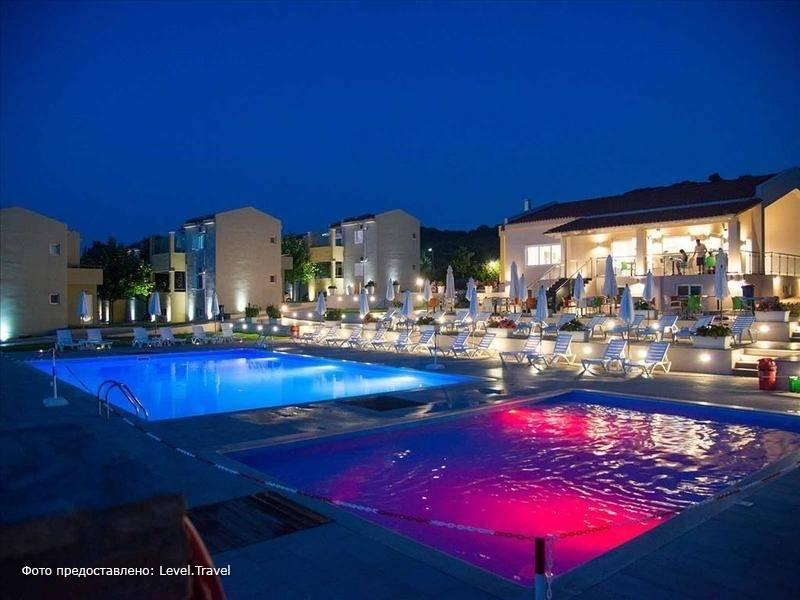 Фотография Fournia Village Apartments