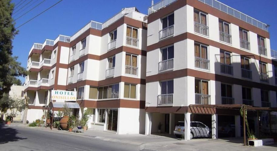Onisillos Hotel Apartments