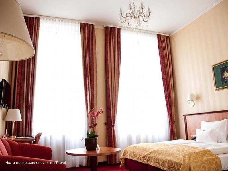 Фотография Opera Suites Hotel