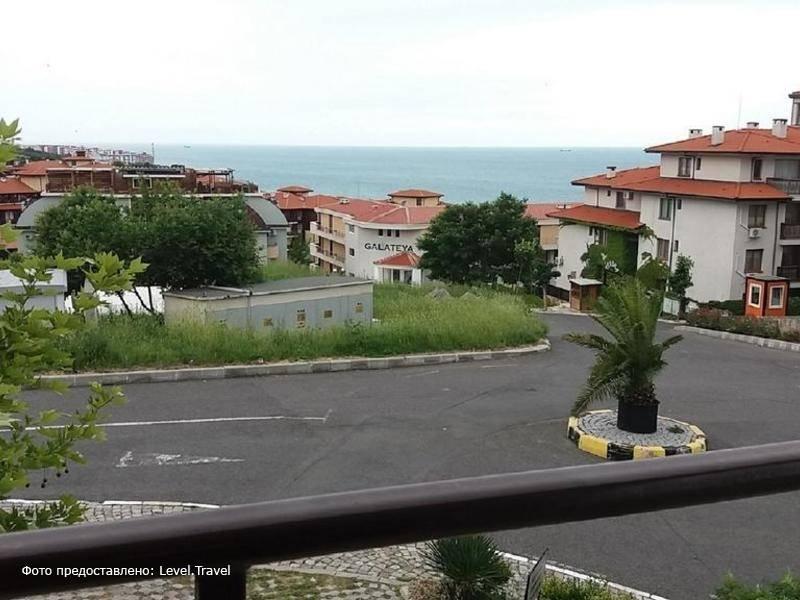 Фотография Yuzhni Noshti Hotel