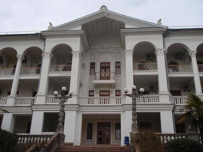 Отель ТММ-Ялта (Бывш. Санаторий Севастополь)