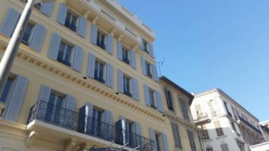 Monsigny Hotel