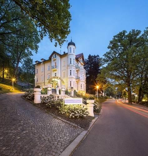Villa Regent