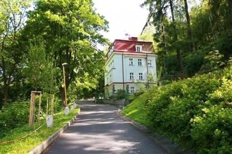 Jitrenka Hotel