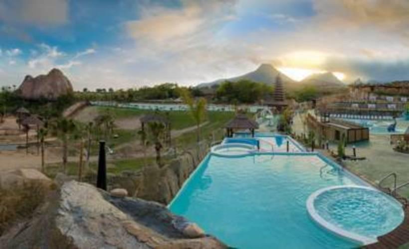 Magic Natura Animal, Waterpark Polynesian Lodge Resort