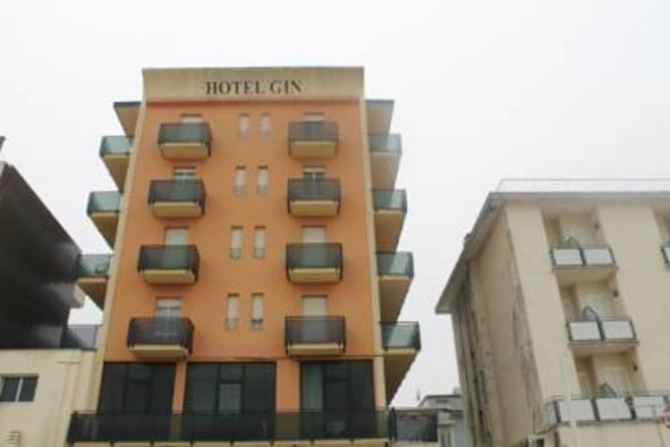 Gin Hotel