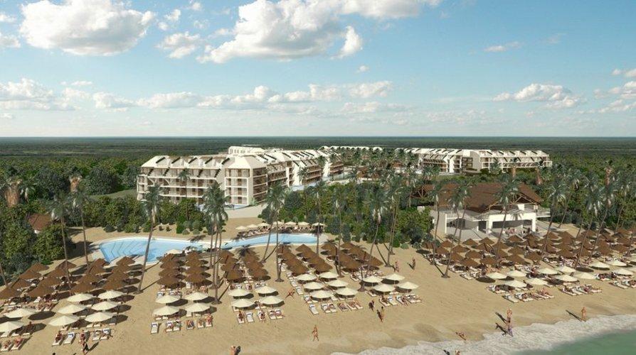 Ocean Riviera Paradise - El Beso