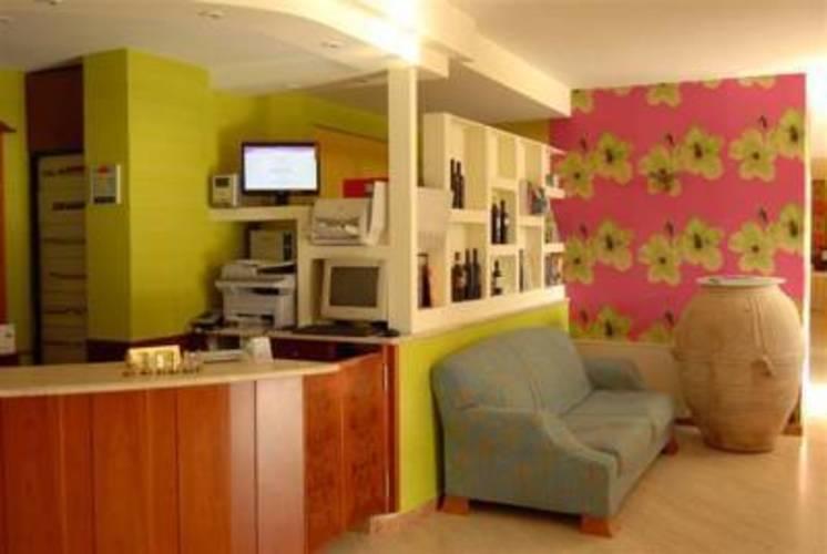 Paistos Hotel