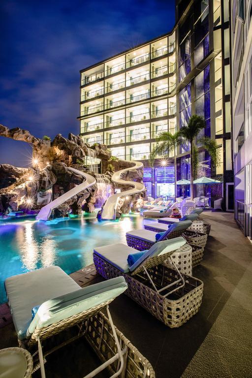 Отель Centara Azure Hotel Pattaya, Паттайя, Таиланд