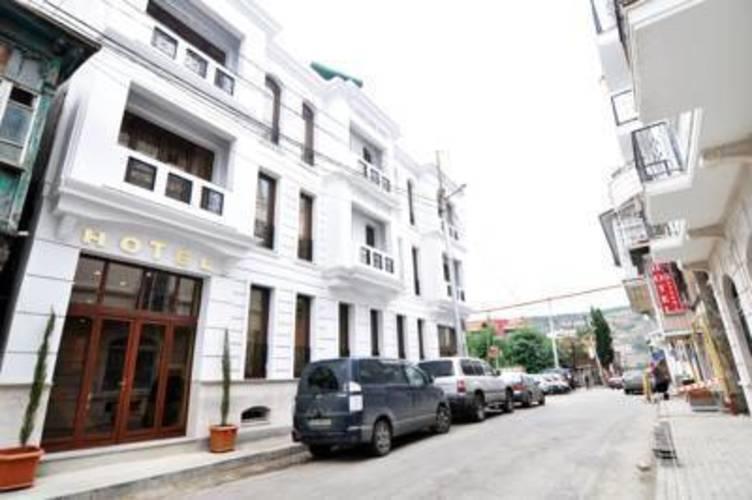 Grako Metekhi Hotel