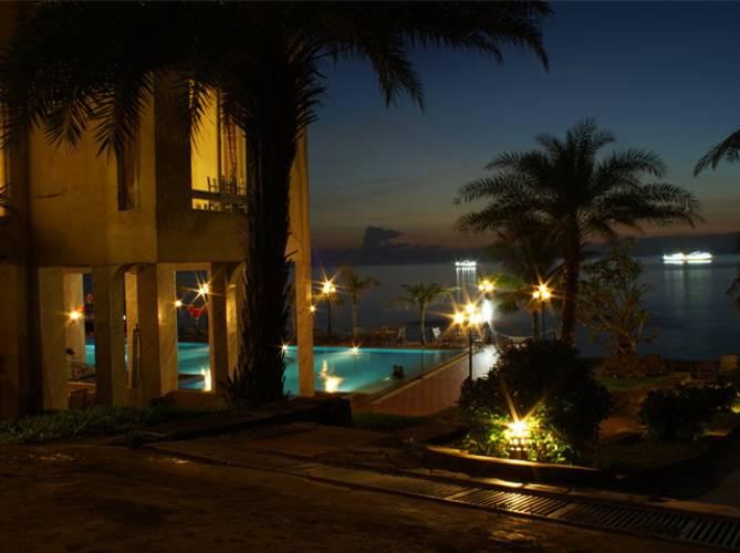 Trang An Beach Resort & Spa
