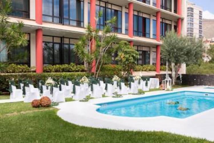 Escuela Santa Cruz Hotel