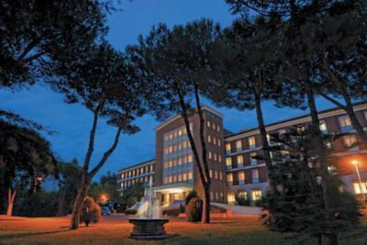 Green Park Hotel Pamphili