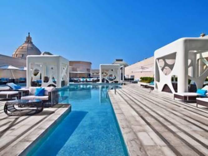 W Hotel Dubai Al Habtoor City