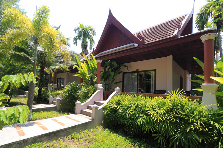 Fanari Khao Lak Resort
