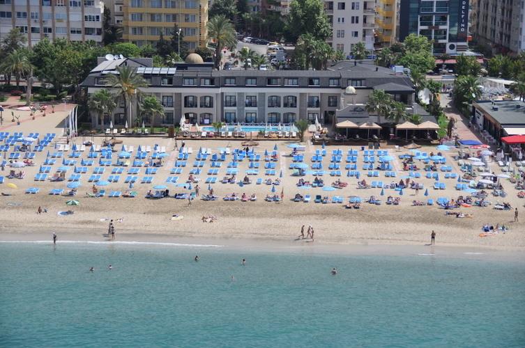 Alaadin Beach