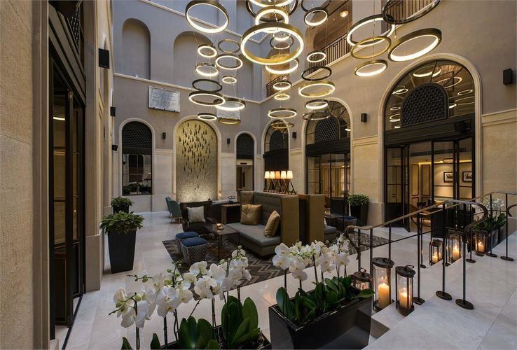 10 Karakoy Hotel