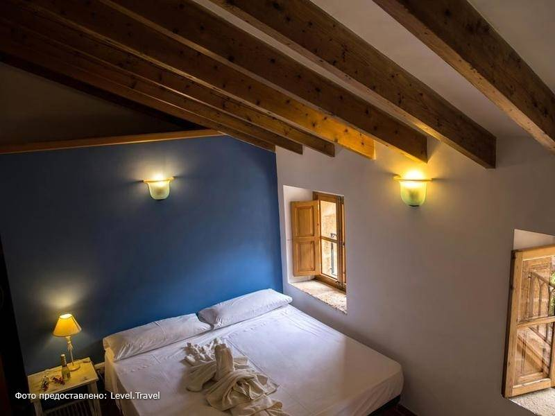 Фотография Petit Hotel Hostatgeria La Victoria