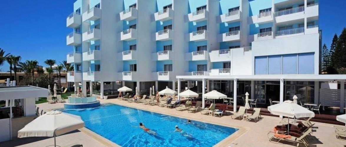 Oceanos Beach Hotel