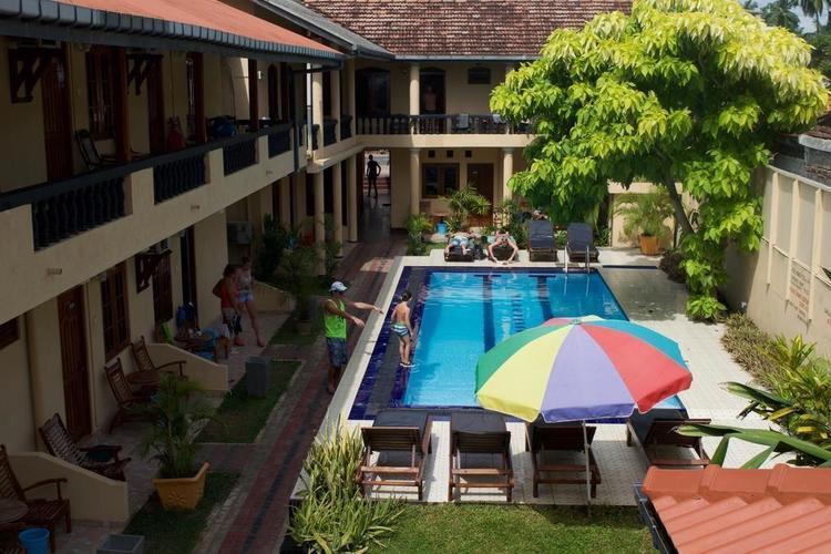 Drifters Hotel