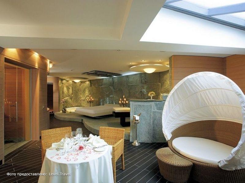 Фотография Grand Hotel Quellenhof & Spa Suites