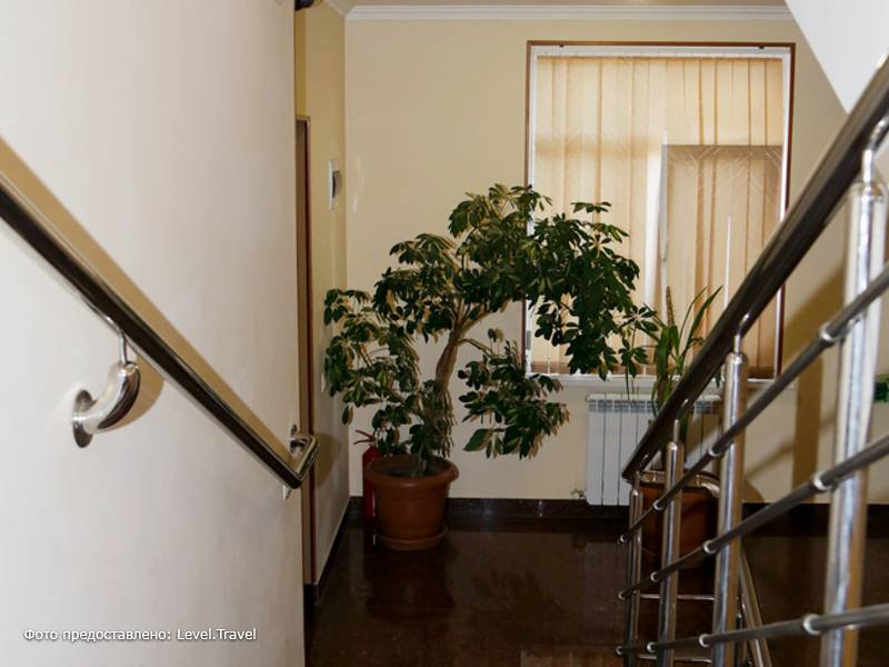 Фотография Гостевой Дом Гагра Лазурная