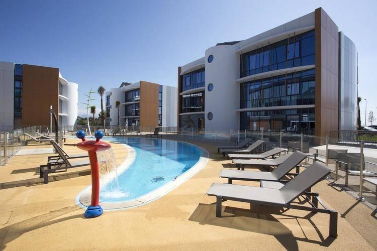 Marineland Resort Hotel