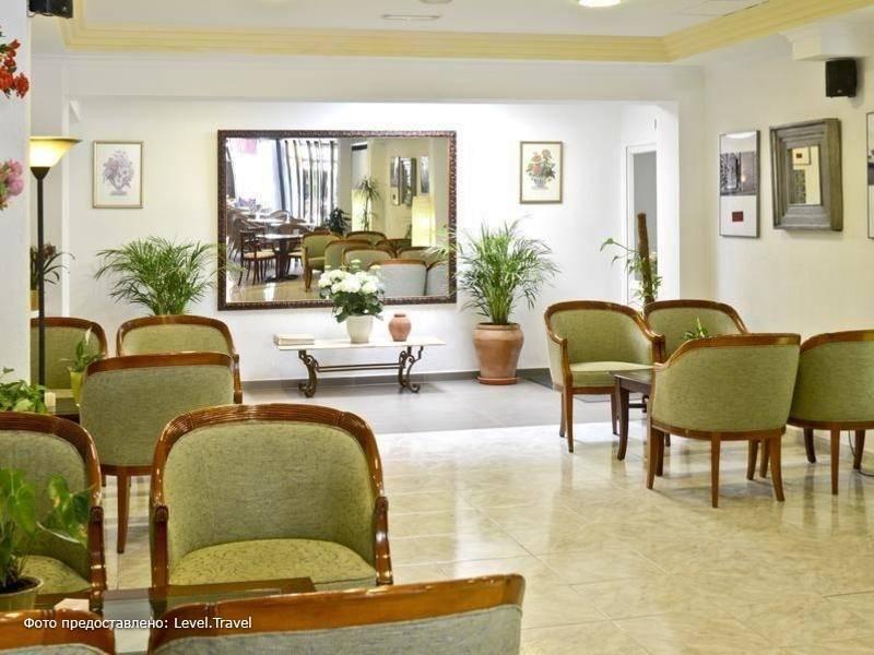 Фотография Amoros Hotel
