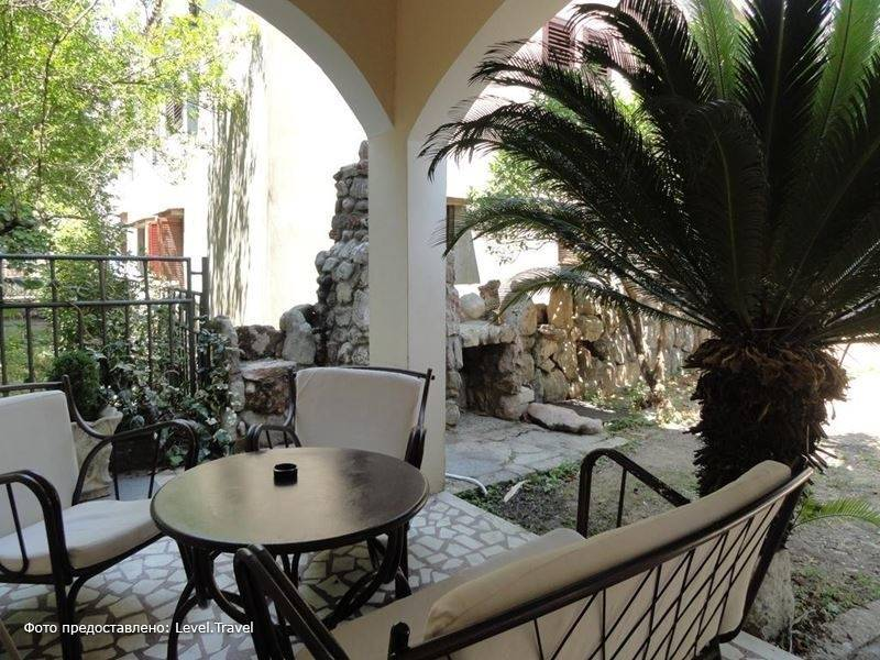 Фотография Apartments Adrovic