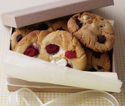 Cookies, Baking Recipes - Raspberry & White Chocolate Chunk Cookies ...