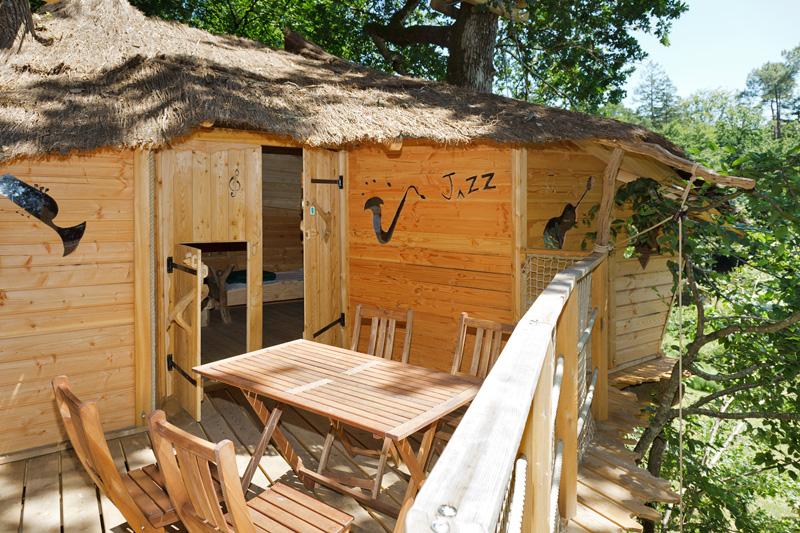 avis parc de fierbois la cabane en l 39 air touraine monaviscompte. Black Bedroom Furniture Sets. Home Design Ideas