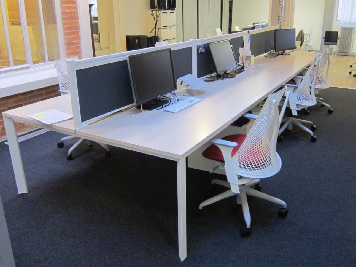 Mobilier Adopte un bureau