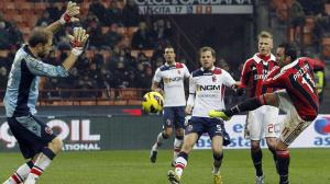 Giampaolo Pazzini (AC Milan) Golazo v Bologna compared to Pele (58) & Mendieta (99)