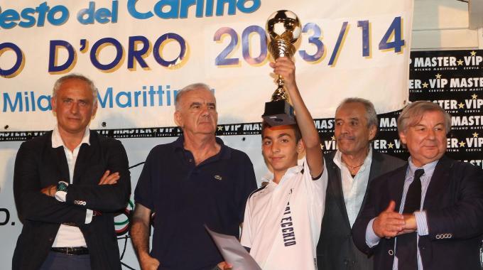 Carlino d'oro, il più votato è il giovane calciatore Simone Bin