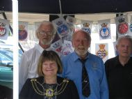 Lord Mayor at Submariners Stall on Veterans Weekend