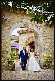 Laura & Joe. Chateau du Trichot. May 2018