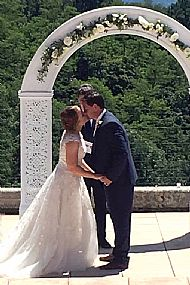 Victoria & Adam Chateau du Doux June 2018