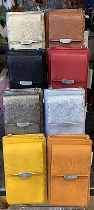 SHOP PURSES AND BAGS