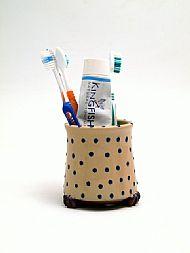 Toothbrush pot