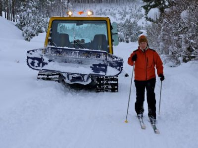 cross country skiing in glenmore forest