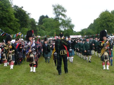 pipe bands by george mcgillivray