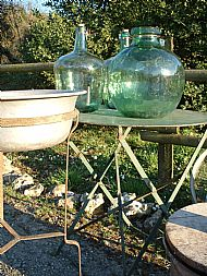 Wash stand with Aluminium bowl