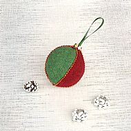 Harris tweed Christmas tree bauble red and green