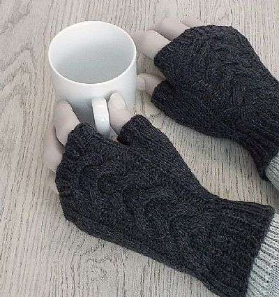 british wool fingerless grey gloves from roses workshop