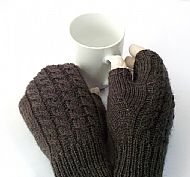 Charcoal grey Shetland narrow-cable fingerless gloves