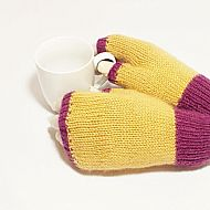 Plum and fawn fingerless gloves
