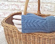 Blue Wensleydale Y-cable fingerless gloves