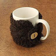 Hebridean dark brown mug cosy with button