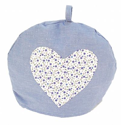 tea cosie with applique heart in flower fabric