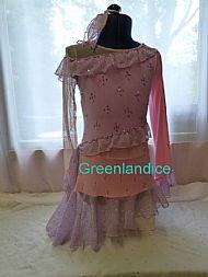 Victoria Tia design in Pink/Lilac